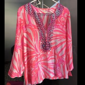 Lilly Pulitzer silk top ✨