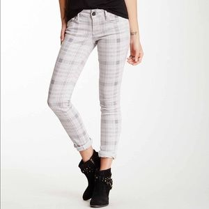 Black Orchid Denim - 😇👖BLACK ORCHID Plaid Skinny Jeans