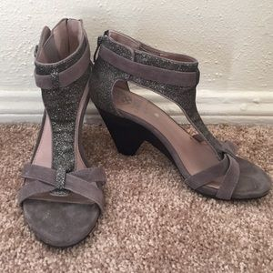 Vince Camuto Shoes - Vince Camuto glitter t-straps