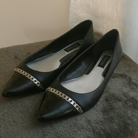 White House Black Market Shoes - Black leather flats with chain detail Size 8M