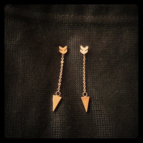 Jewelry - Arrow Earrings
