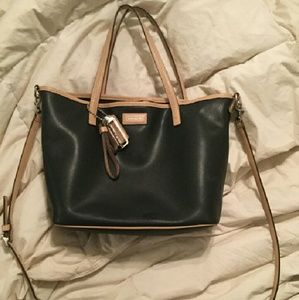49af856397d18 Coach Bags - Coach park metro small tote (black)