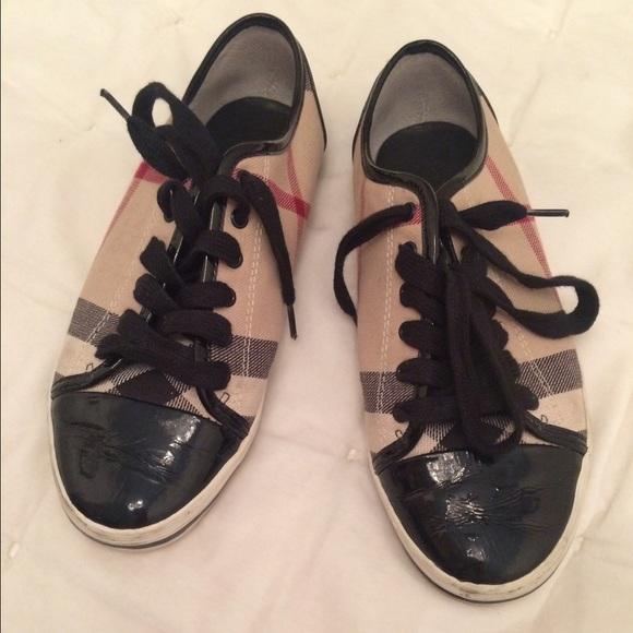 Burberry Nova Check Sneakers Sz 37