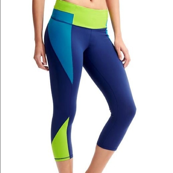 287715eae0b1 Athleta Pants - Athleta High Rise Colorblock Capris