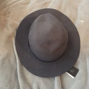 New with tags grey cotton on hat/fedora