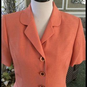 Le Suit Jackets & Blazers - Le Suit Bright Peach Short Sleeve Jacket