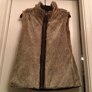 Reversible Faux Fur Gap Vest