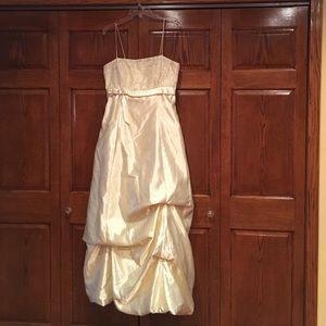 Blondie Nites Dresses & Skirts - Light creamy butter yellow prom dress.