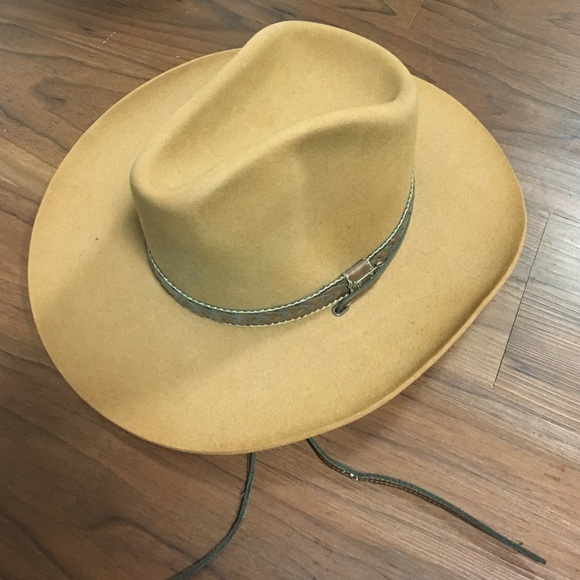 Vintage Billy The Kid by Stetson Cowboy Hat. Stetson.  M 5872c2fdeaf030186e0e5264. M 5872c3008f0fc4511b0e4cf7.  M 5872c3032ba50ab3f70212cd 9c89ae816741
