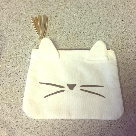 f1ecd0eee Emily & Meritt Handbags - Emily & Meritt for PB Teen - Kitty Toiletries Bag