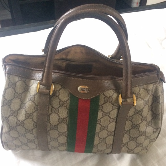 75fdf10de5b Gucci Handbags - 🔥LET IT GO SALE😱🔥 Authentic Vintage Gucci Purse