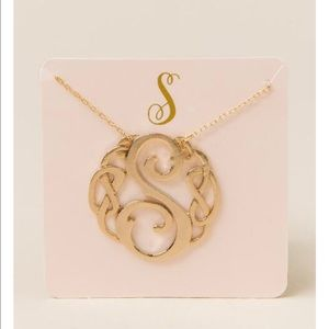 Francesca's Collections Jewelry - S signature initial pendant necklace