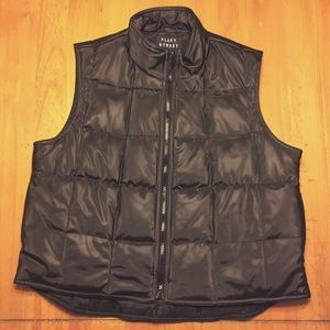 fleet street Jackets & Blazers - Black puffy winter vest