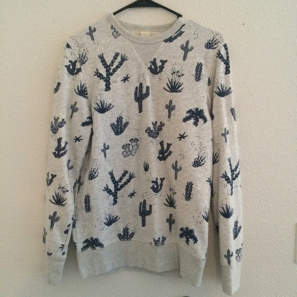 H M Sweaters - Cactus Sweatshirt 90f140235
