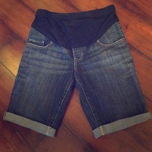 Old Navy | Maternity Shorts