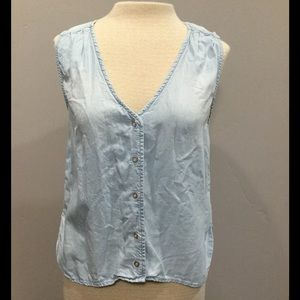 Cloth & Stone Chambray Button Front Tank Top