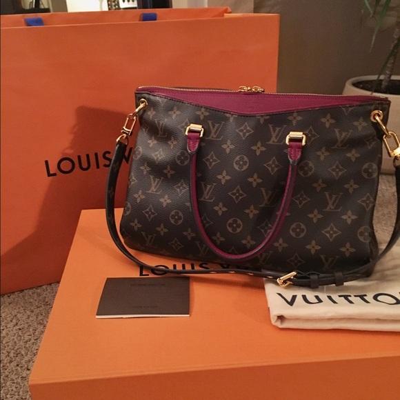 e5e2fc7adbae Louis Vuitton Handbags - My New Louis Vuitton Pallas MNG in Raisin