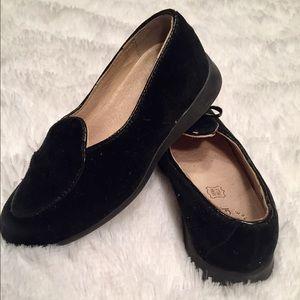 Primigi Other - Girls velvety shoes size European 28 so 11 US