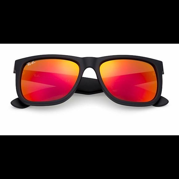 0062c3824e ... sunglasses by Luxottica. Boutique. Ray-Ban. M 5872ecbc5a49d04d090f00a6.  M 5872ecbd522b456abc0efdbb. M 5872ecc0ea3f36905d0f01bb