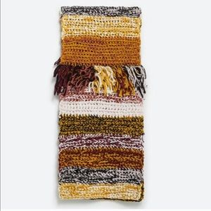 HUGE Zara Knit Fringe Scarf LOWEST PRICE