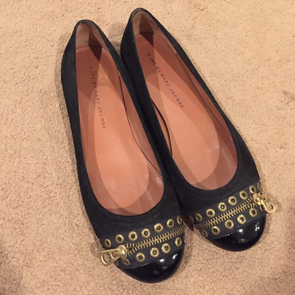 448799f24b6 Marc by Marc Jacobs Zipper Flats size 8.5. M 587303bed14d7b42730f7469