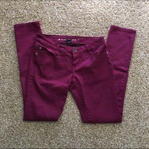 Pants - ✨BOGO! EUC Sz 3 maroon skinny jeans