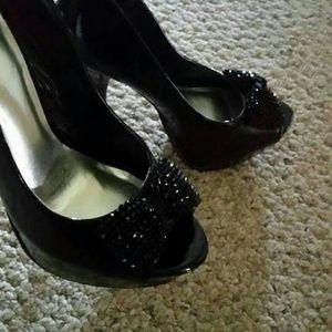 """7.5 Black 5"""" HeartSoul Heels"""