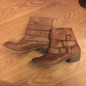 bp Shoes - BP Booties size 6