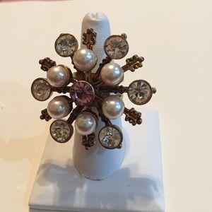 Jewelry - Betsey Johnson rhinestone snowflake ring