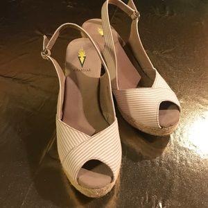 Volatile Shoes - VOLATILE WEDGE