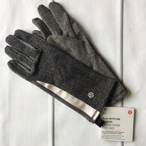 Lululemon Run With Me Gloves Gray