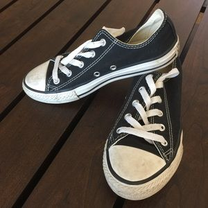 Youth Classic Black Converse