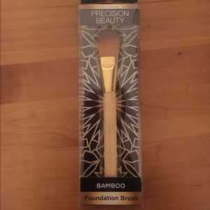 Precision Beauty Other - Bamboo Foundation Brush by Precision Beauty