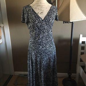 V line dress in front and back
