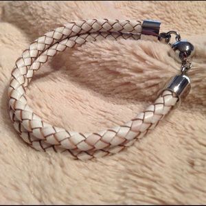 STEEL BY DESIGN Jewelry - NEW! STAINLESS STEEL WHITE LEATHER BRAID BRACELET