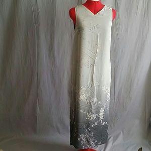 Women's LORD & TAYLOR 100% SILK Dress Size 4