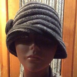 August Hats Accessories - Wool Striped Cloche (NWT)