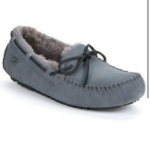 UGG Other - UGG OLSEN MENS 9 SLIPPER GREY MOCCASIN ASCOT