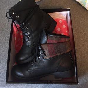 Rock & Candy by Zigi Shoes - Black Combat Boots!