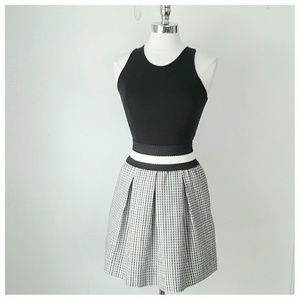 Anthropologie Dresses & Skirts - Anthropologie Pleated Skirt Box Print