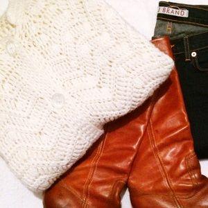 Jackets & Blazers - Vintage Cape in Cream Chevron Hand Knit