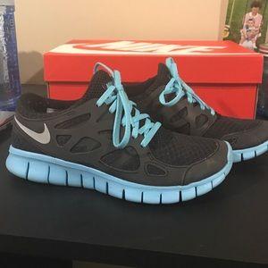 Women's Nike Free Run 2, size 6.5