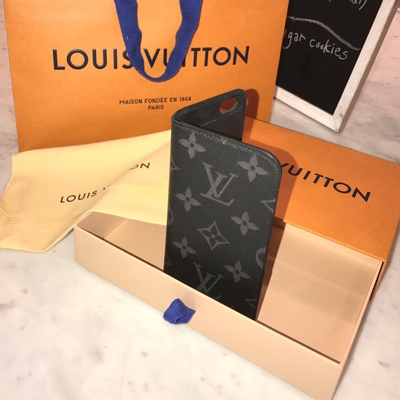 competitive price 445e7 05c5e Authentic Louis Vuitton iPhone 6/6s Phone Case ✨