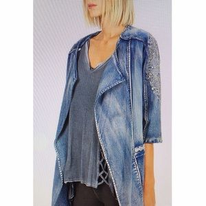 Jean jacket embroidery NWT