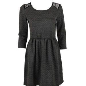 Maison Jules Dresses & Skirts - Madison Jules Lace shoulder dress