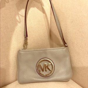 Michael Kors Handbags - Authentic Michael Kors Purse