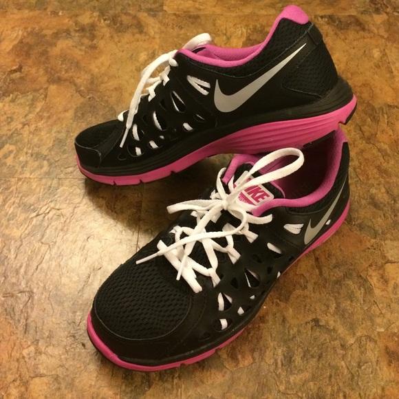 best website 833f5 404bc Nike Dual Fusion Run 2 ladies size 9. M 58744512bf6df512e9027ca1