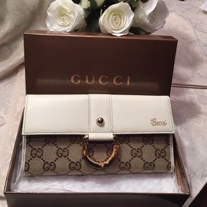 Gucci Handbags - NWT Gucci wallet