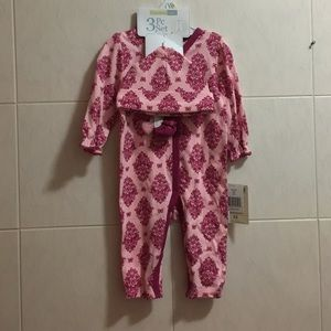 Vitamins Baby Other - Vitamins Baby Coverall set