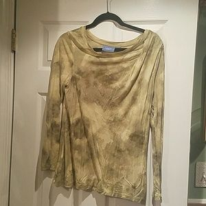 Tops - Vera Wang shirt